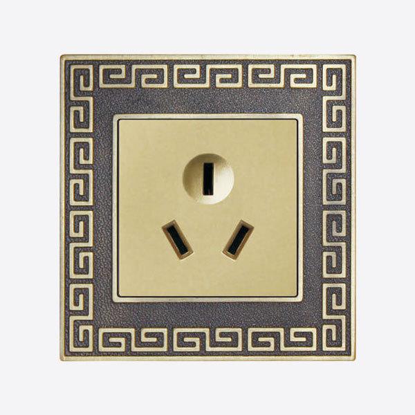 中式风格三孔插座