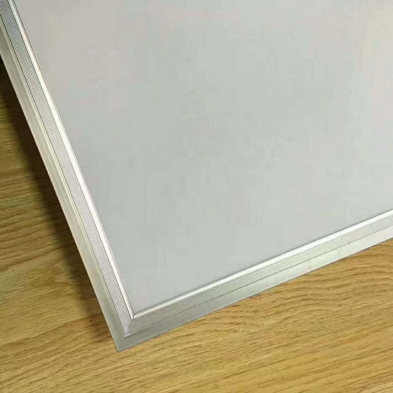 现代白色正方形室内面板灯