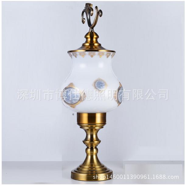 缇娜现代室内陶瓷镀金ZH0150D工艺台灯