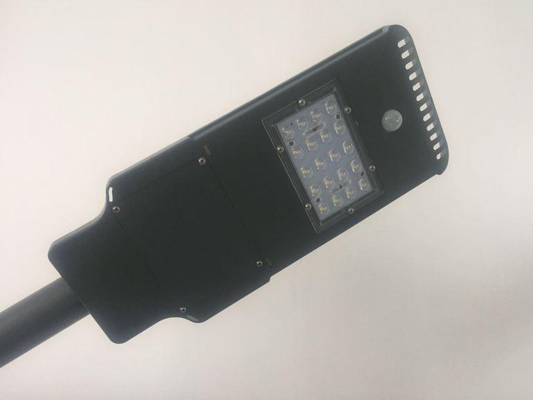 蝙蝠压铸路灯20W40W60W