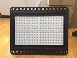 黑色外壳专业LED植物生长灯