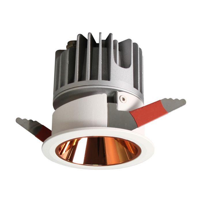 意米欧LED射灯嵌入式浴室天花灯深防眩防水筒灯无主灯