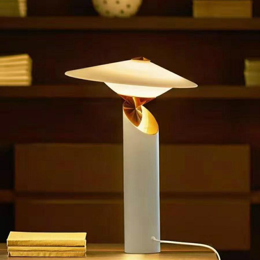 菲时特创新古风台灯