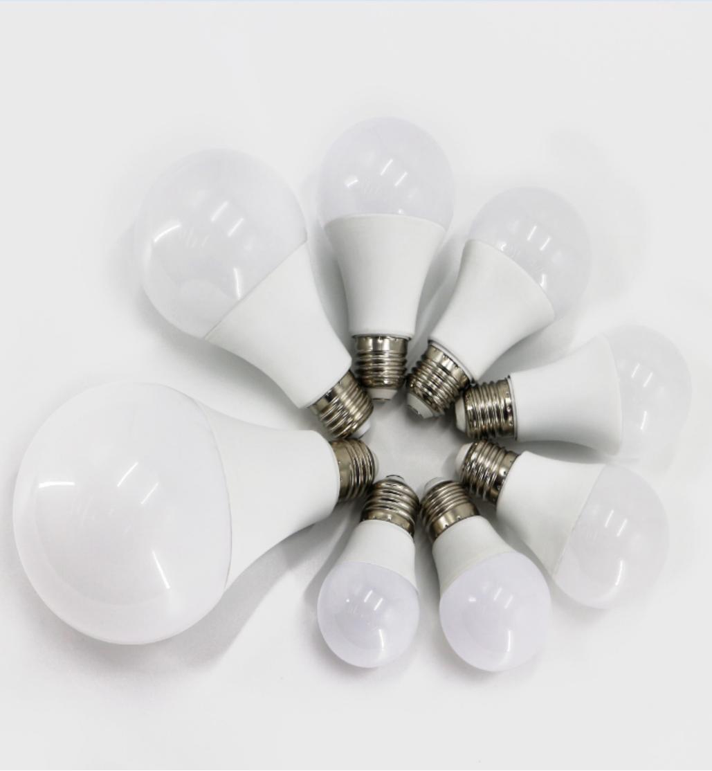 LED超亮大功率家用照明节能灯泡